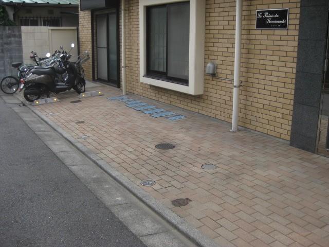駐輪場です(その他建物画像)