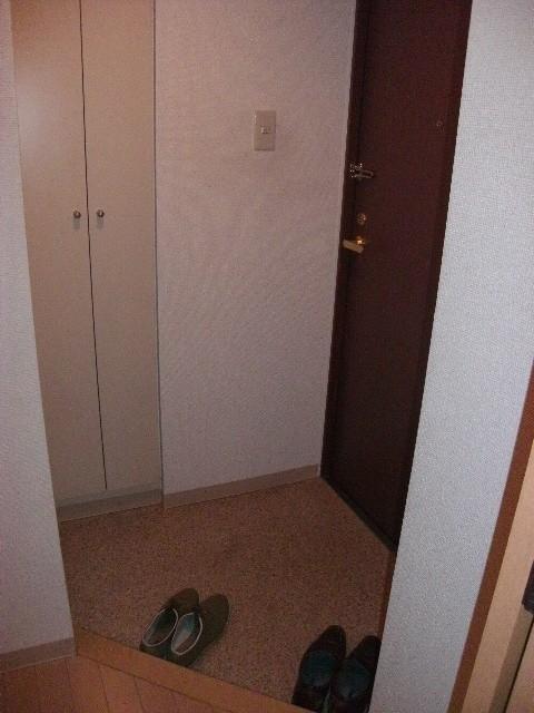 ※別部屋参考写真(玄関)