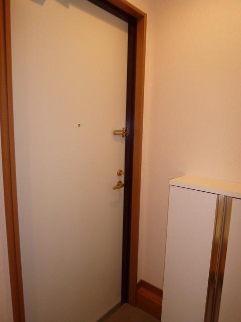 ※別部屋写真(玄関)