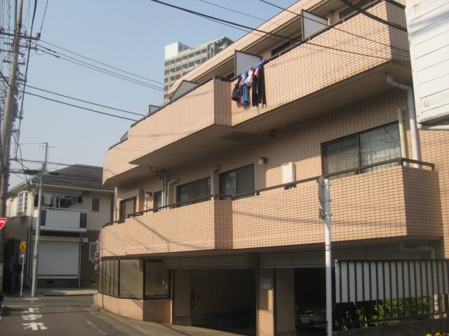 世田谷区上馬3丁目 【賃貸居住】マンション