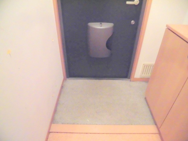 ※他部屋の画像を使用しています。(玄関)