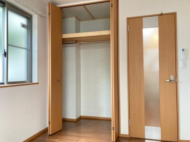 同間取、別部屋のものを使用(玄関)
