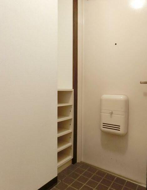 ※別部屋のお写真です(玄関)